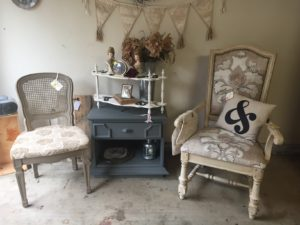 Whipp Farm Antique Show Upcycled Chairs Repainted Table